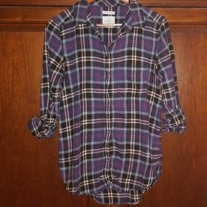 American Eagle Boyfriend Fit Flannel shirt Medium